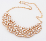 Pearls hollow collar necklace