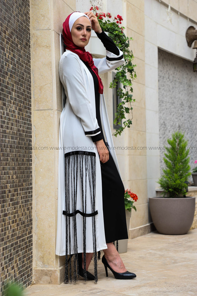 SALE Modern Abaya with Black Stripes - E-Modesta