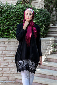 Highly Elegant Tunic with Broad Lace Bottom