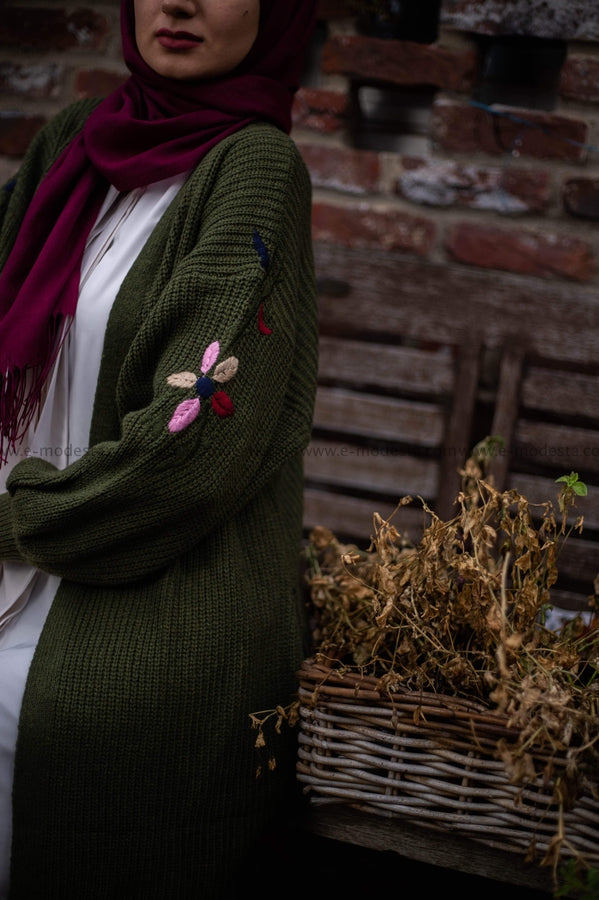 Long Cardigan for Winter | Wool Material | Green Color | E-Modesta