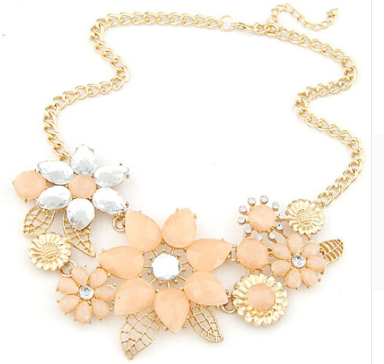 Light pink flowers rhinestone necklace