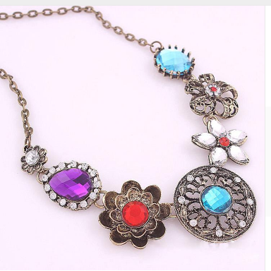 Retro Vintage Multicolored Necklace - E-Modesta