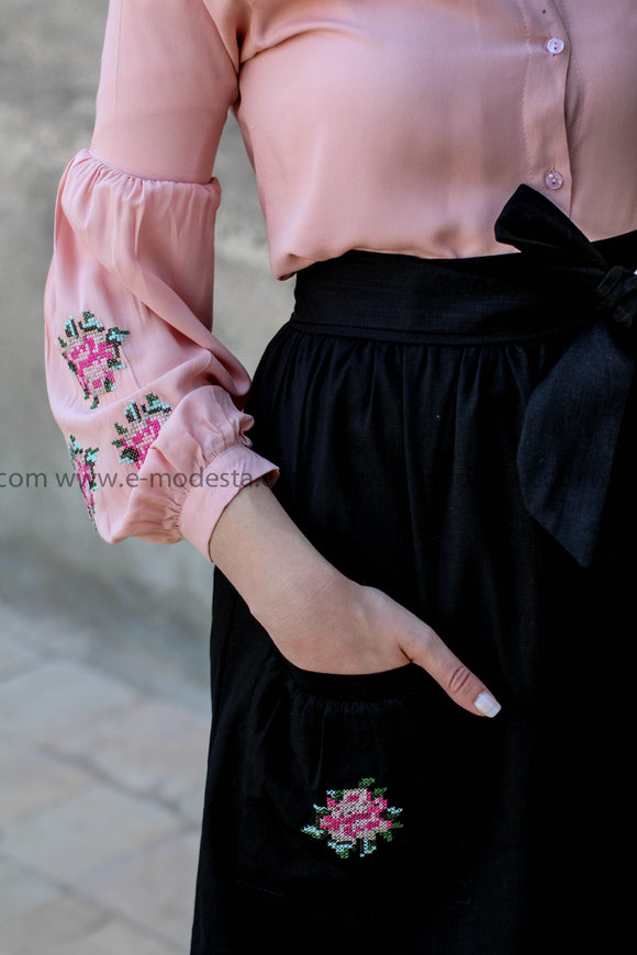 Summer Outfit - Black skirt and Pink Shirt