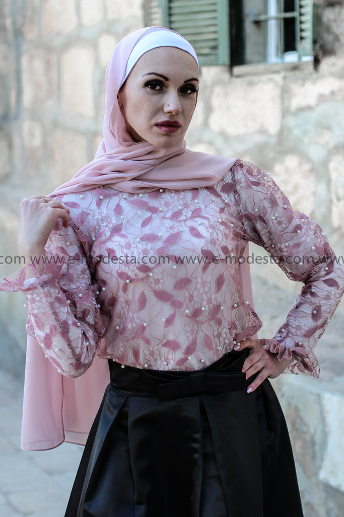 High-Quality Lace Blouse with Embedded Pearls - E-Modesta
