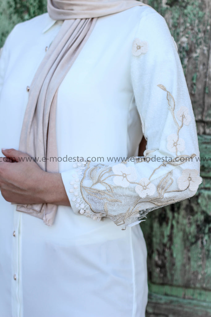 Elegant Fancy Summer Shirt with Floral Lace and Embroidery - E-Modesta