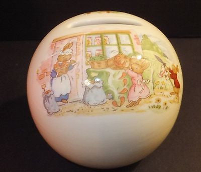 Bunnykins by Royal Doulton Bunny Money Ball New In Box Vegetable Table Garden