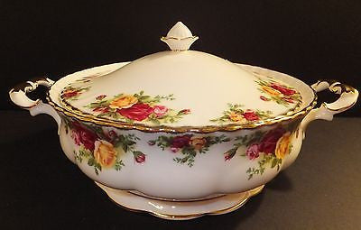 Royal Albert Old Country Roses Covered Vegetable Dish Brand New with Tags