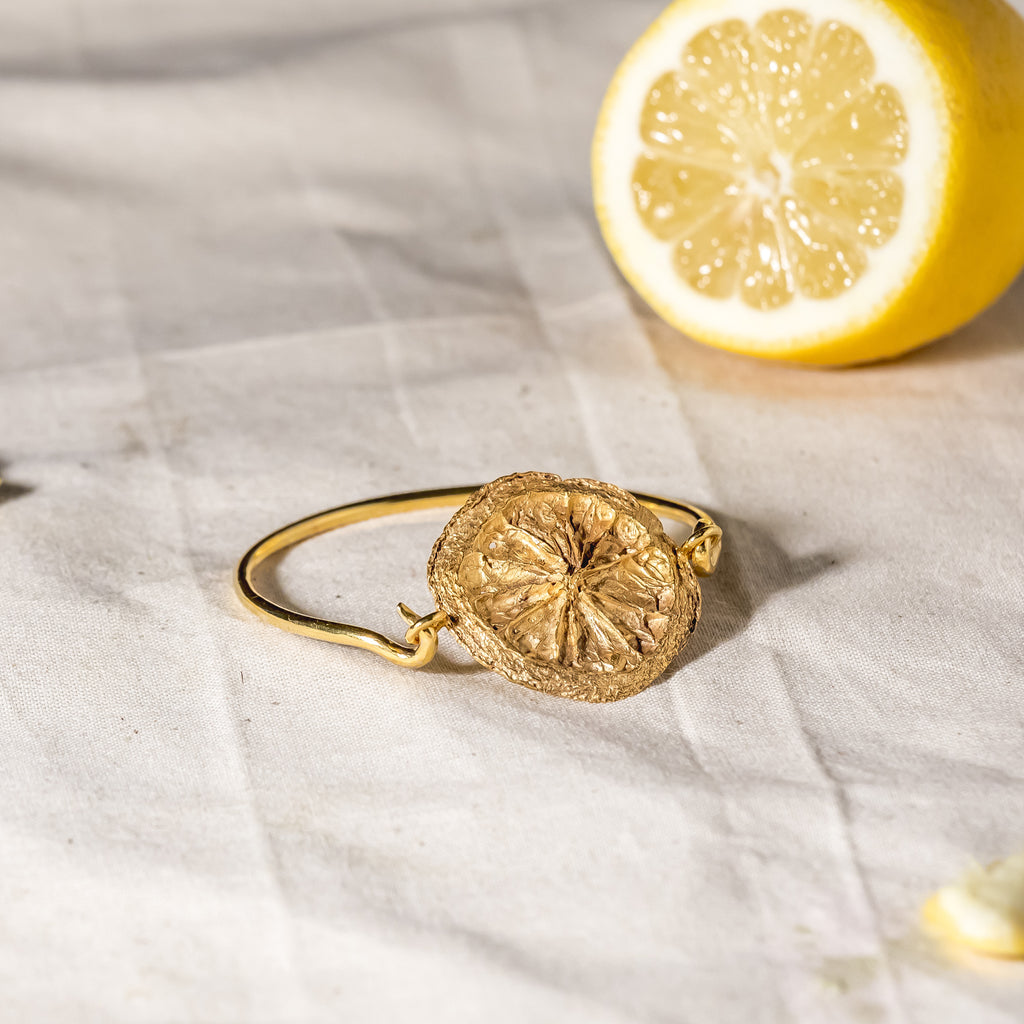 Lemon slice bangle in 18ct Fairtrade yellow gold