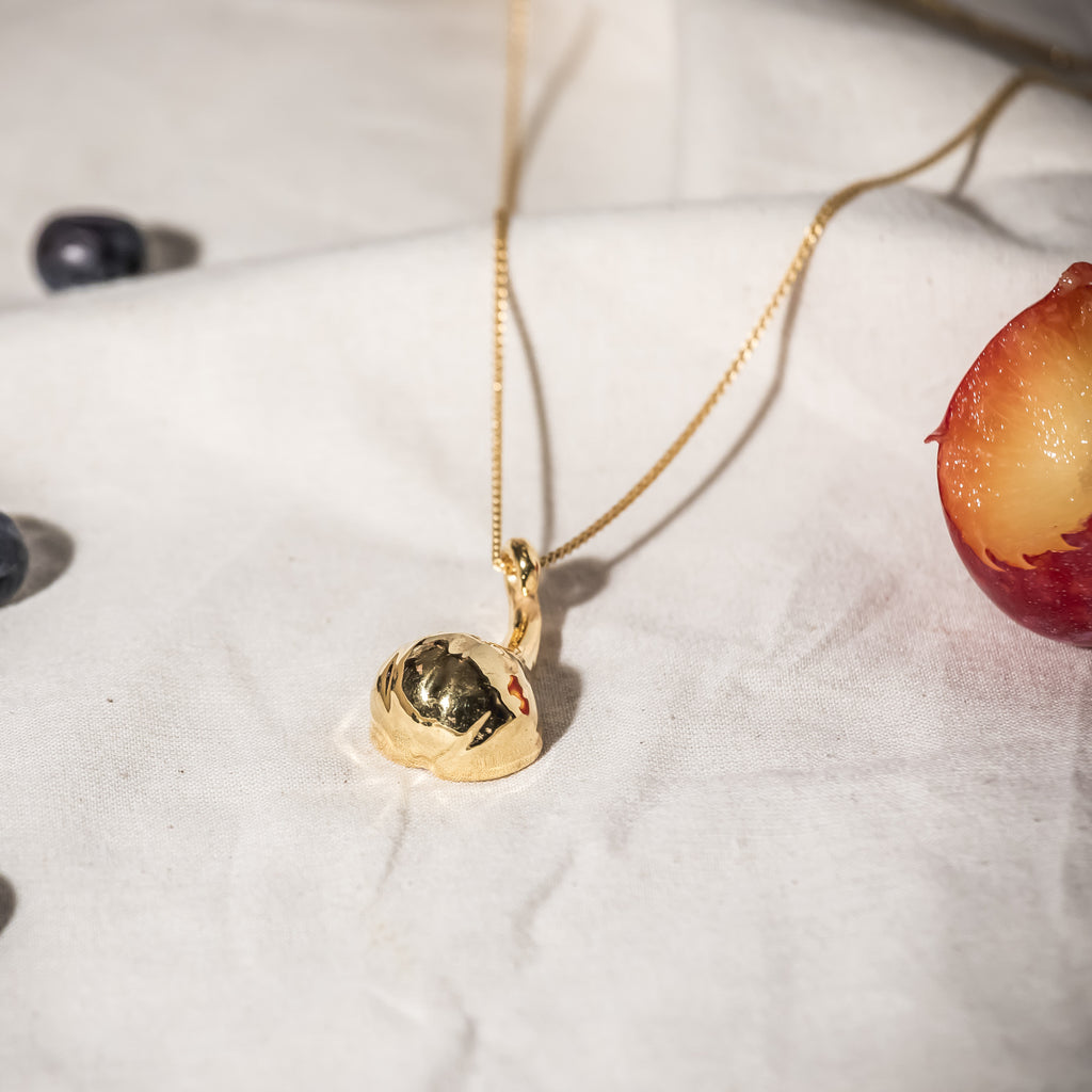 Unusual, quirky 18ct Fairtrade Gold Pendant