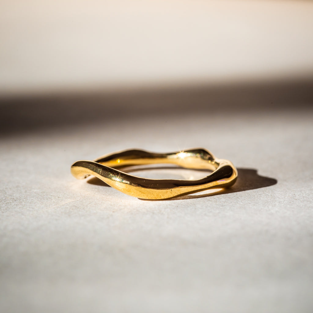 Minimalistic 18ct Fairtrade gold ring