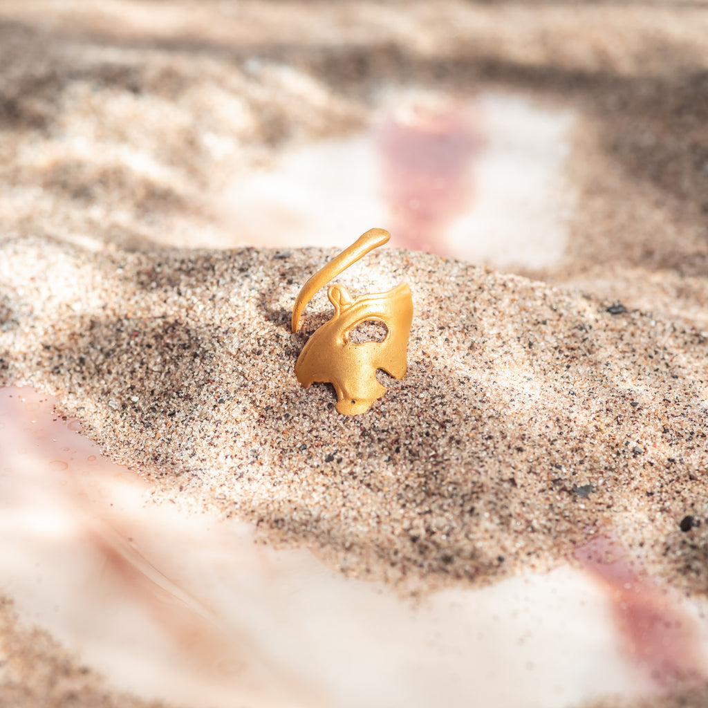 Unusual yellow gold statement ring