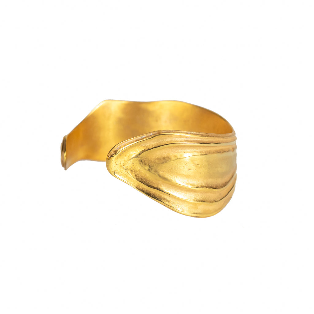 Textured 18ct Fairtrade yellow gold cuff bangle with polished gold ripples