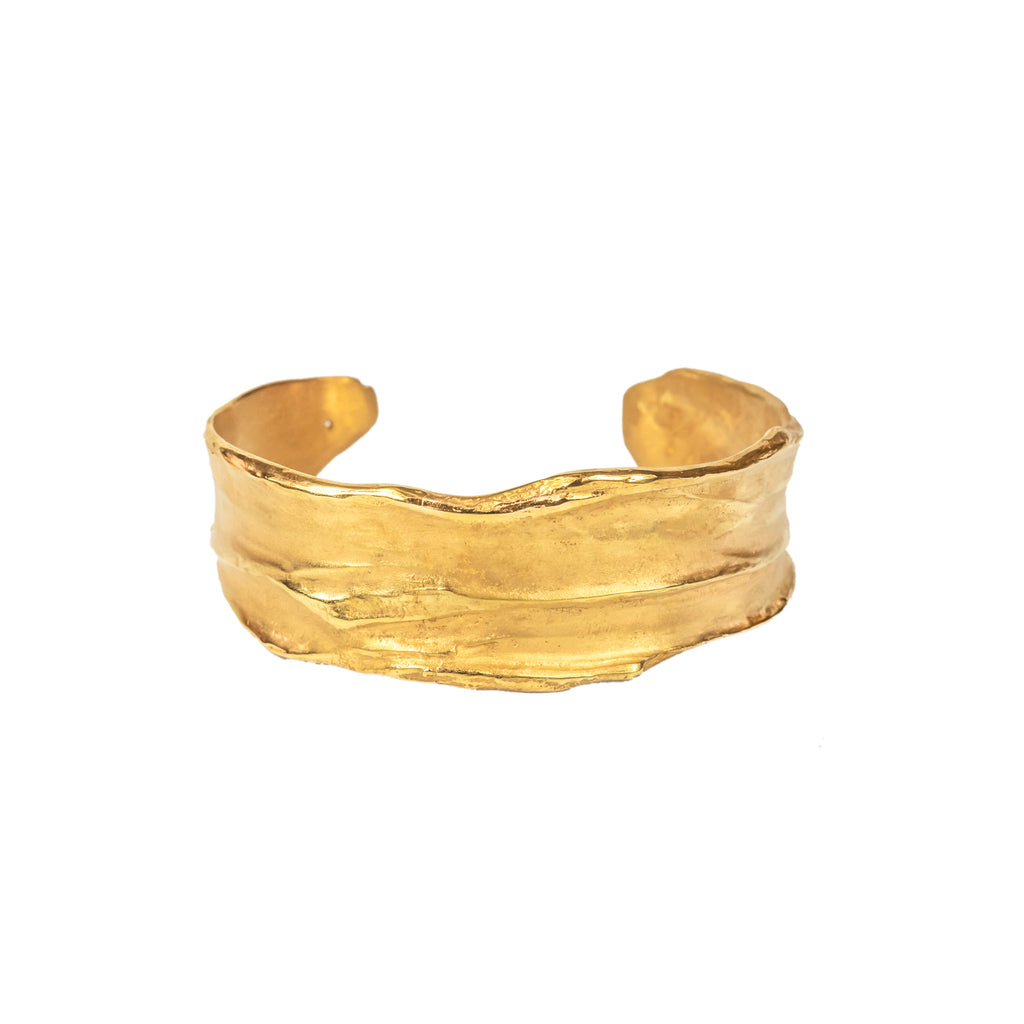 18ct Fairtrade yellow gold textured cuff bangle