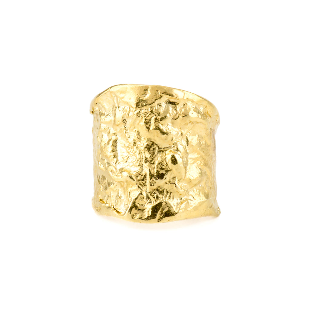 Textured chunky 18ct gold ring