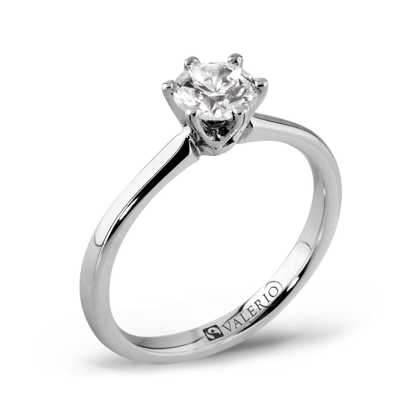 Classical Solitaire Diamond and Fairtrade Gold Engagement Ring