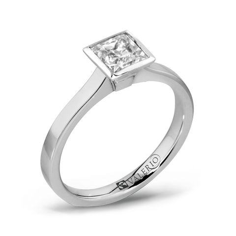 Princess Cut Diamond Fairtrade Gold Engagement Ring