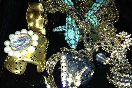 Iradj Moini & The Jewellery trays
