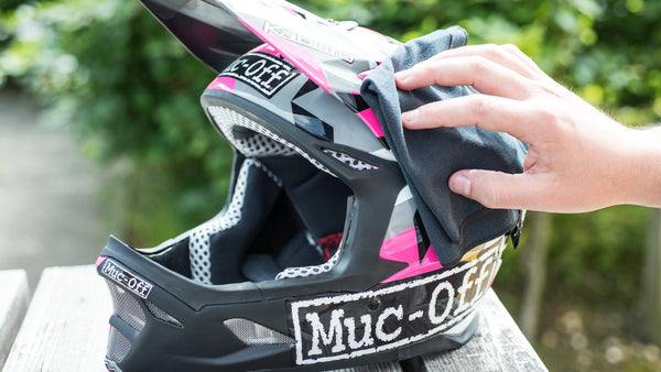 slider - Helmet & Visor Microfibre Cloth - Muc-Off UK