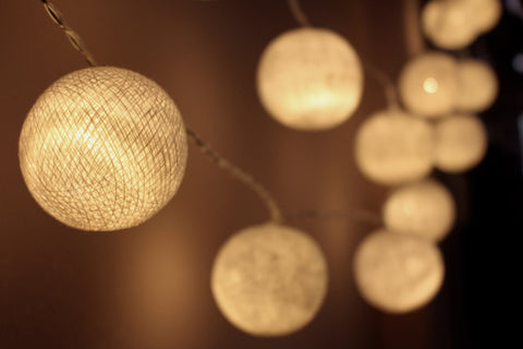 Beautiful white cotton ball Fairy Lights (hanging)