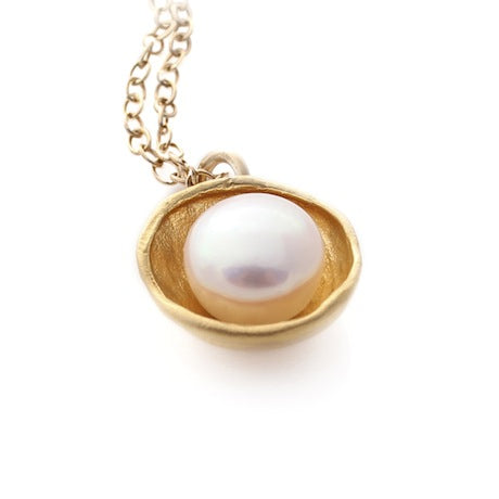 Pearl Cap Necklace - Gold by Louise Douglas - Rata Jewellery