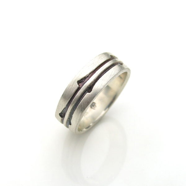 Lancewood Ring by Debra Fallowfield - Rata Jewellery