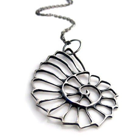 Nautilus Necklace - Silver