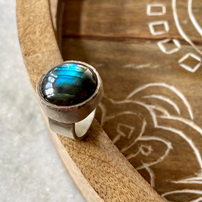 Labradorite Ring by Joshua Denniston - Rata Jewellery