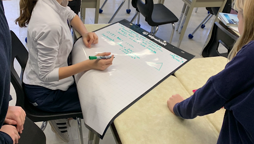 Whiteboard_VNPS_Thinkingclassroom_math_Teacher_lessons