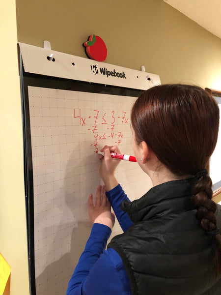 whiteboard_VNPS_Thinkingclassroom_teacher_math_students_online