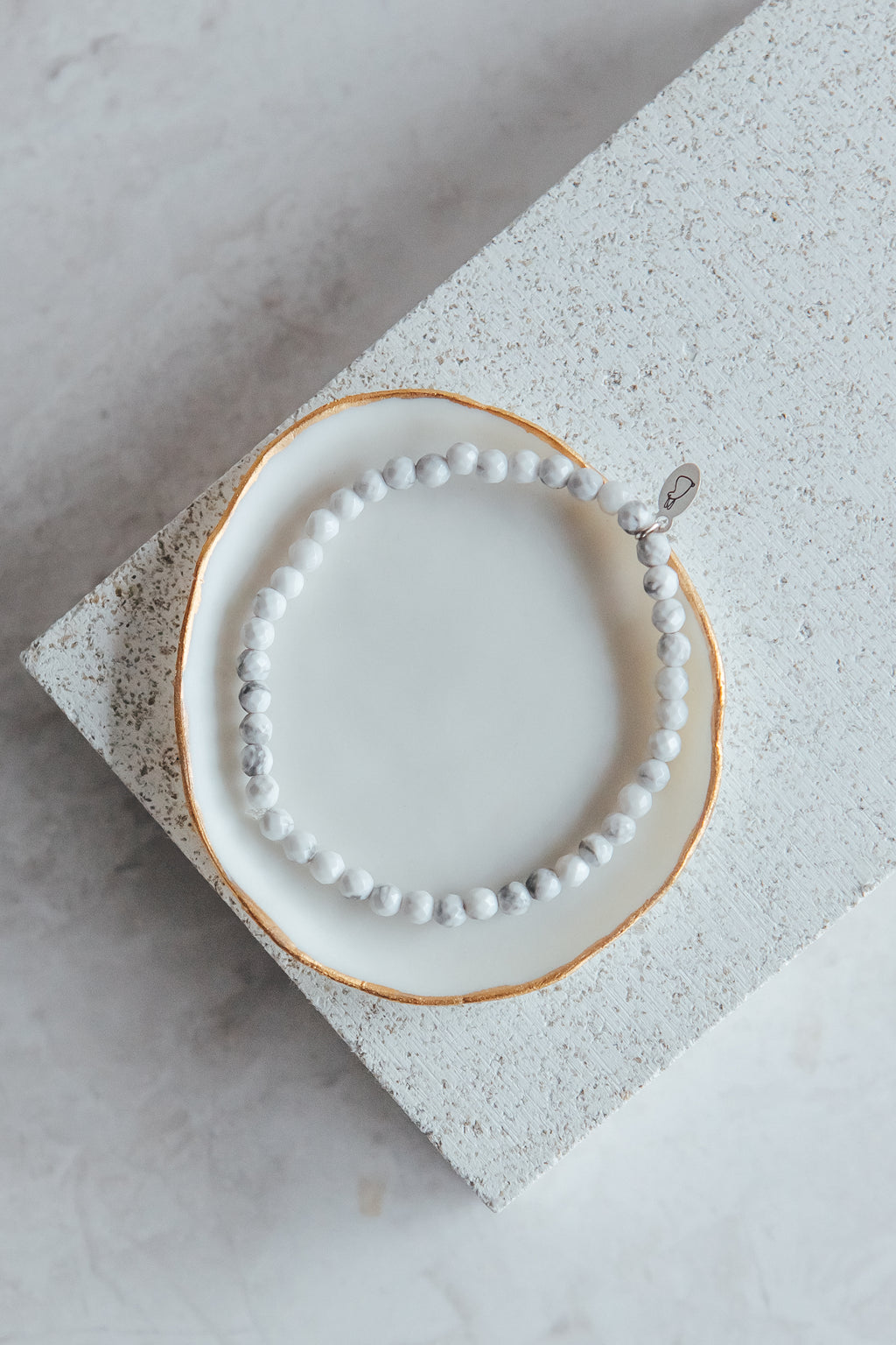 The 'diva of bliss' bracelet | White Howlite