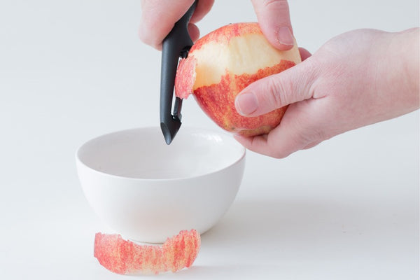 Vegetable Peeler By Cestari Kitchen - Pro Peeler with Razor Sharp Ceramic Blade - Lightweight Ergonomic Handle