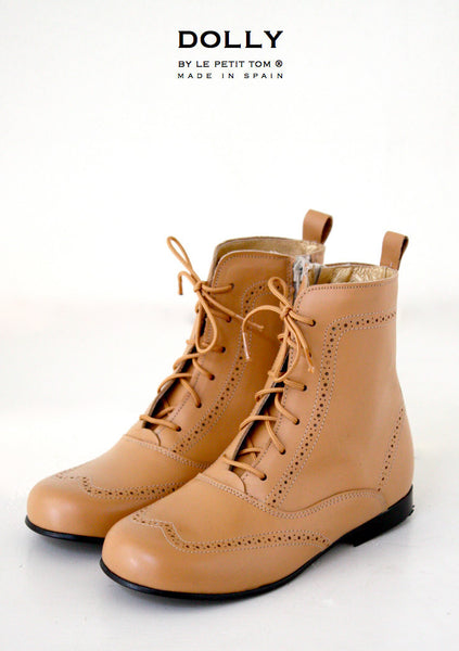 DOLLY Classic Doll Boot in camel leather