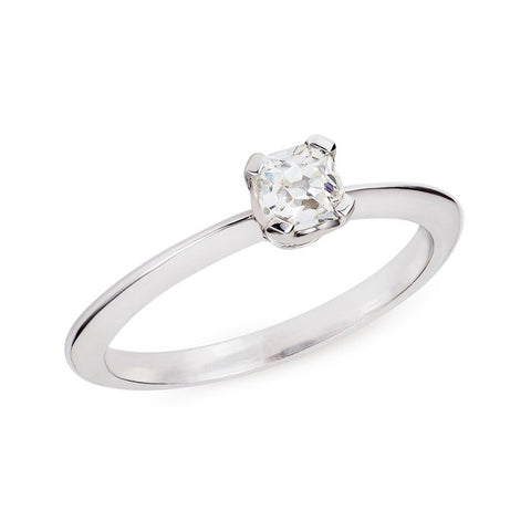 Sustainable Diamond Engagement Ring