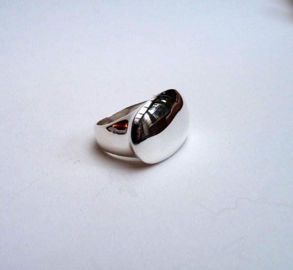 Chunky silver plain signet ring with oval face