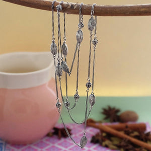 Long Dark silver cardamom and peppercorn chain necklace