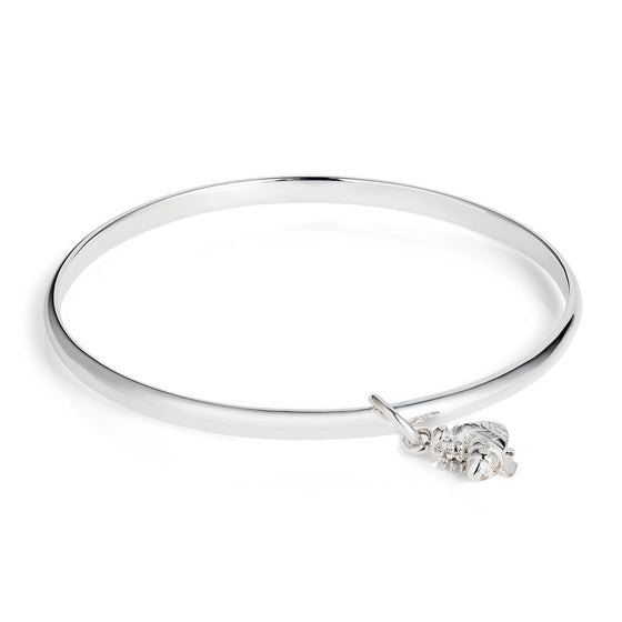 Silver d-section bangle with silver bee charm