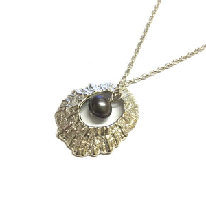 Hollow Limpet Necklace