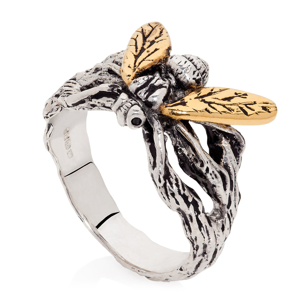 Gilded Hoverfly Ring with Black Diamonds