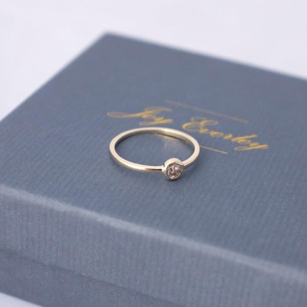 Fairtrade Gold Simple Diamond Ring