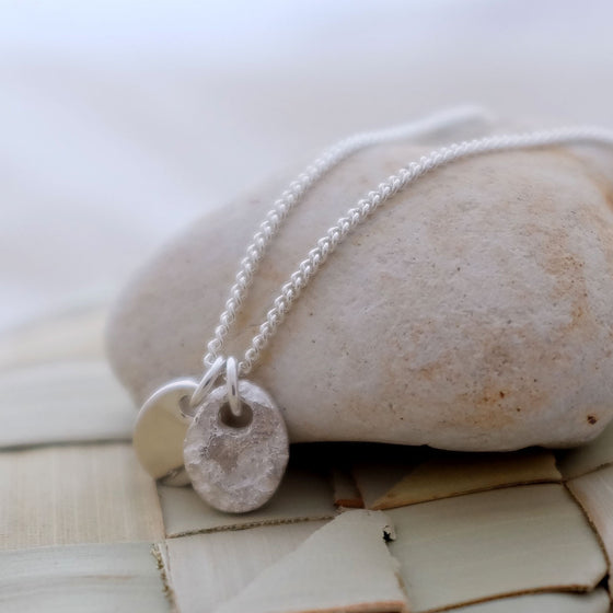 Classic silver pebble tag necklace