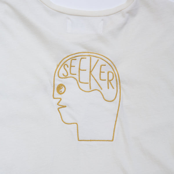 SEEKER EMBRIODERED TEE NATURAL