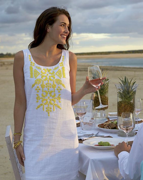 Vineyard Vines Linen White Yellow Medallion Embroidered Shift Dress S 6