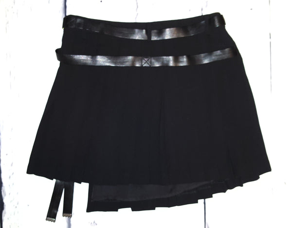 L.A.M.B. by Gwen Stefani Asymmetrical Pleated Wrap Mini Skirt Black L 10