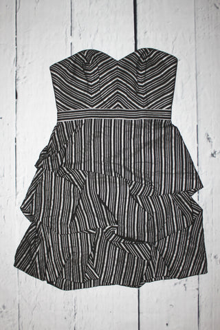 Max and Cleo by BCBG Gina Strapless Sweetheart Ruched Bubble Dress Striped S 4-6