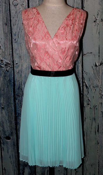 Max and Cleo Marilyn Pink Mint Blue Chiffon Lace Pleated Surplice Dress L 12