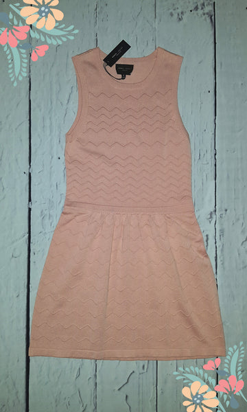 Romeo & Juliet Couture Textured Chevron Striped Sleeveless Sweater Dress Pink M