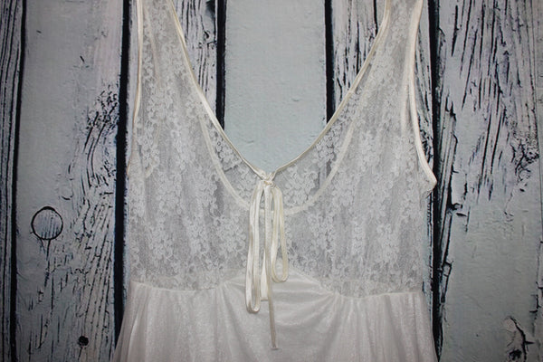 Vintage Tosca Lingerie Elegant Sheer Lace Chiffon 60-70's White Nightgown S