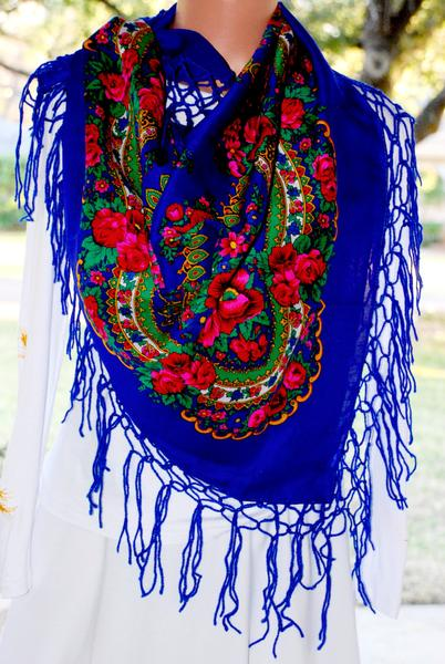 Large Hustka Ukrainian Shawl