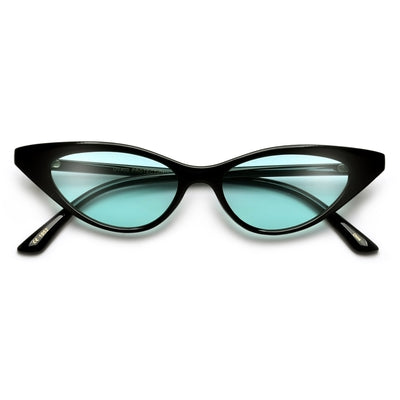 ALLURINGLY RETRO SUPER SVELTE CAT EYE SUNNIES