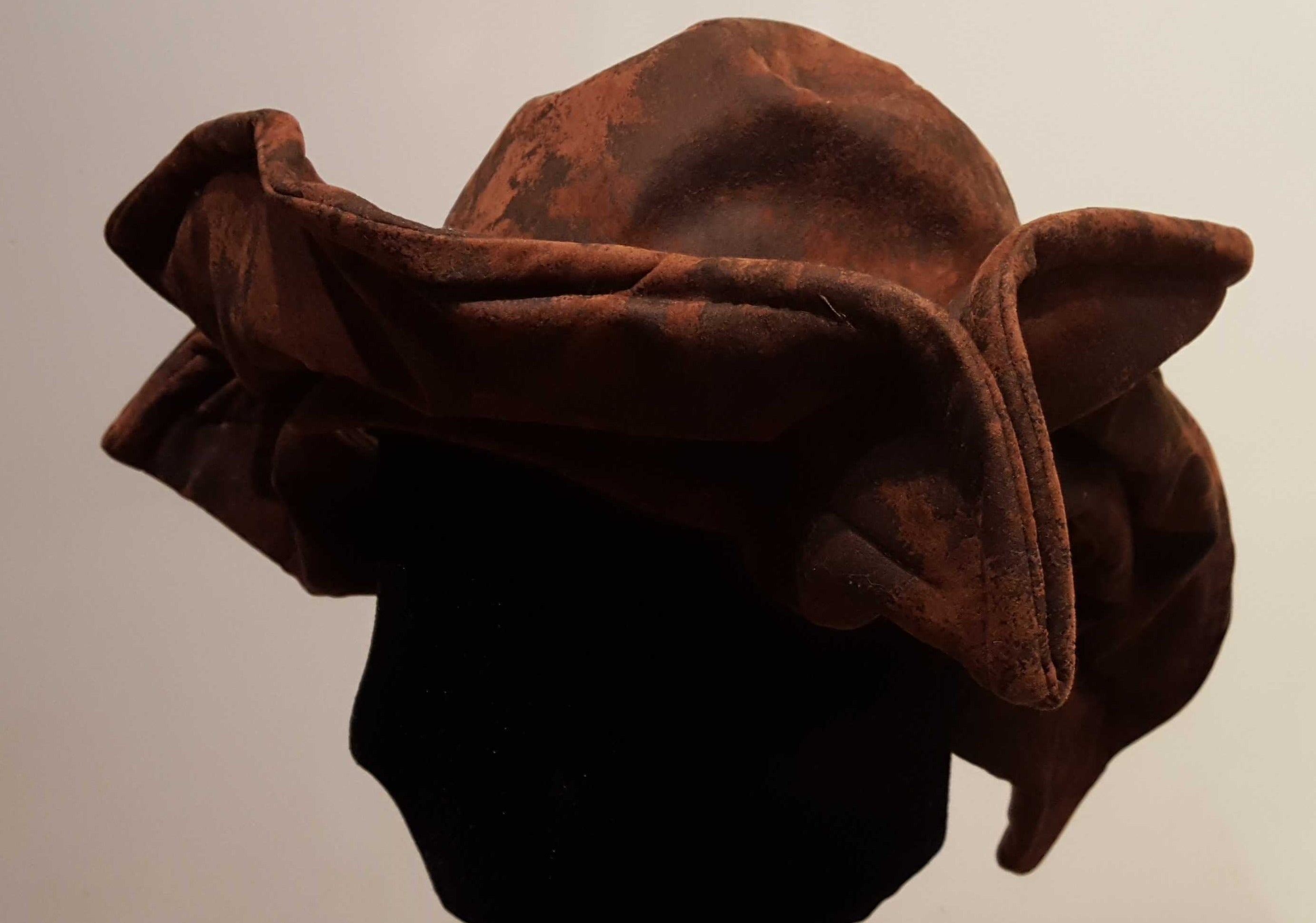 Old Pirate Hat: Brown